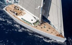 381 Gliss Sail 02 Resize 1800x1013